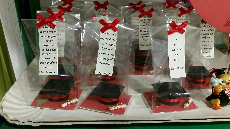 Sacchettini auguri di laurea la matricola for Idee per addobbare festa di laurea