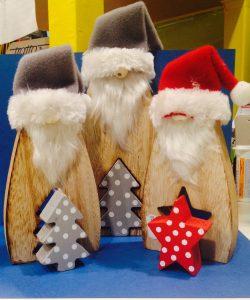 Decori natalizi in legno
