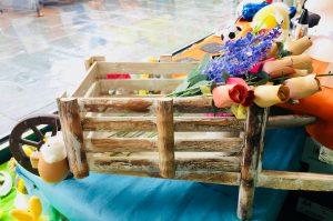 carriola in legno da giardino