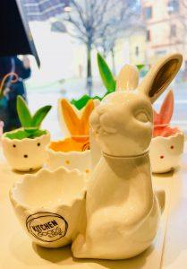 Porta uovo in ceramica