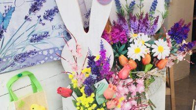 Porta fiori primaverili