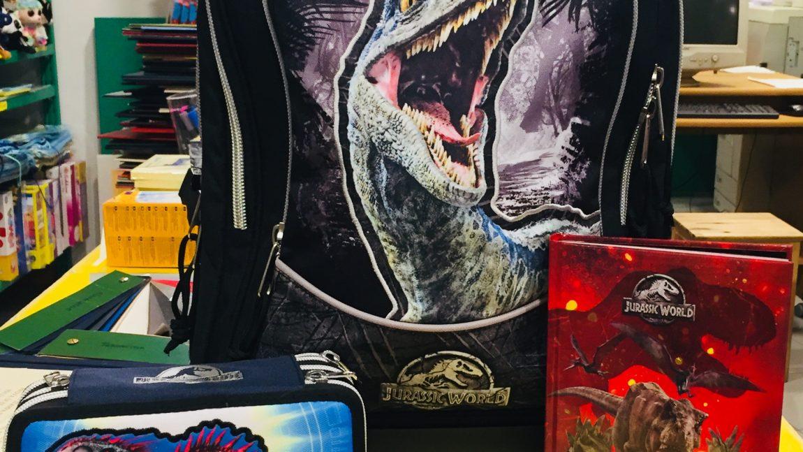 """Articoli scuola """"Jurassic World"""""""