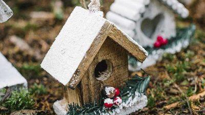 Addobbo natalizio casetta legno